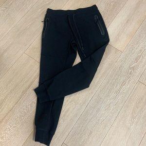 Kyodan black joggers size medium